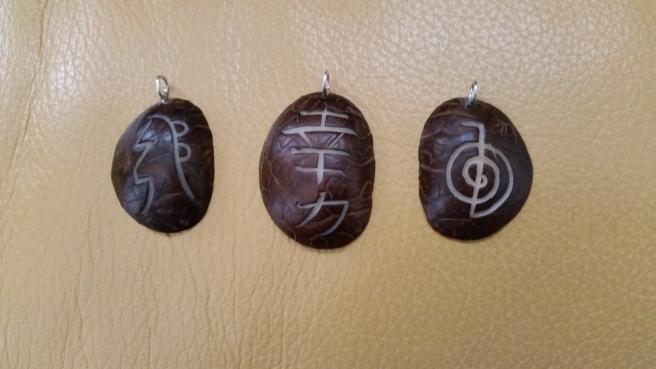Símbolos Reiki en Tagua